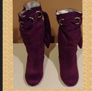 Shoes - Sexy purple booties